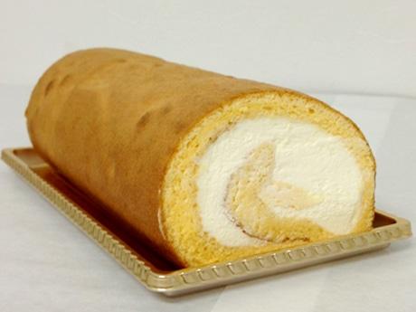 ペストリーショップ「EACH FAN PASTRY」のロールケーキ