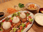 狛江市初の「こども食堂」 「心も満足する」食事の提供目指す