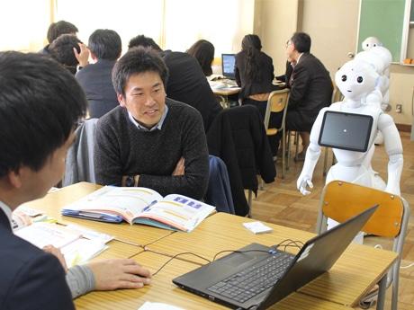 先行導入校である狛江第四中学校の技術科担当教員・桑野真嘉(まさよし)さん