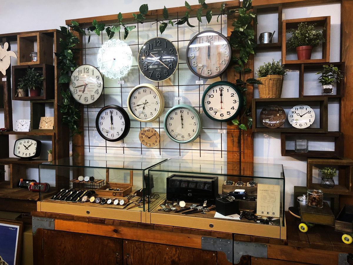腕時計のセレクトショップ「Watch Station Crash」店内の様子