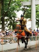 府中の大國魂神社周辺地域で流鏑馬行事  迫力が人気に、けやき並木では「マルシェ」も