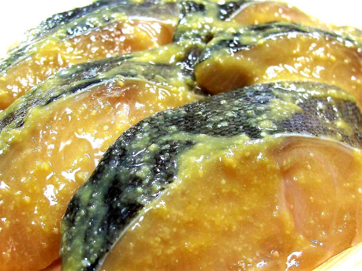 「伊藤食品」 自信の逸品 自家製漬け魚