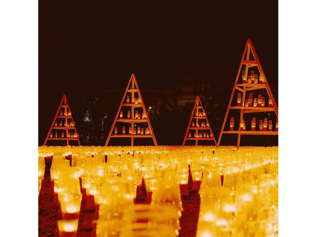 6,000灯のキャンドルが灯るガーデンの夜景(過去の様子)