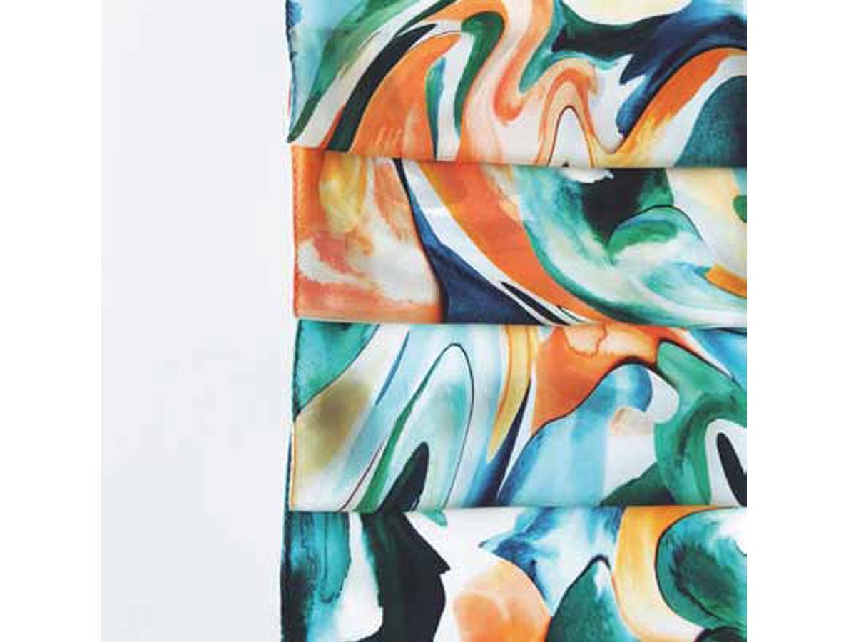 田明日香さんの個展「やわらかな四角形」