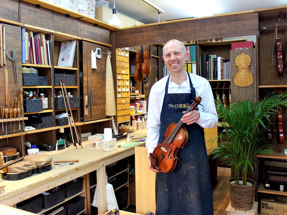 調布・仙川にバイオリン工房 独マイスター称号持つ名工が池袋から移転