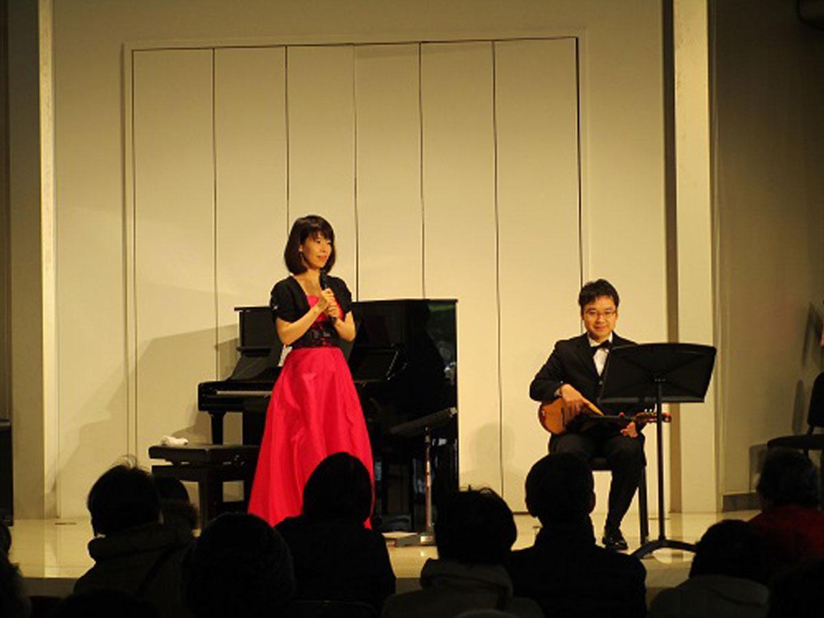 マンドリンとピアノのデュオ・FUJI's