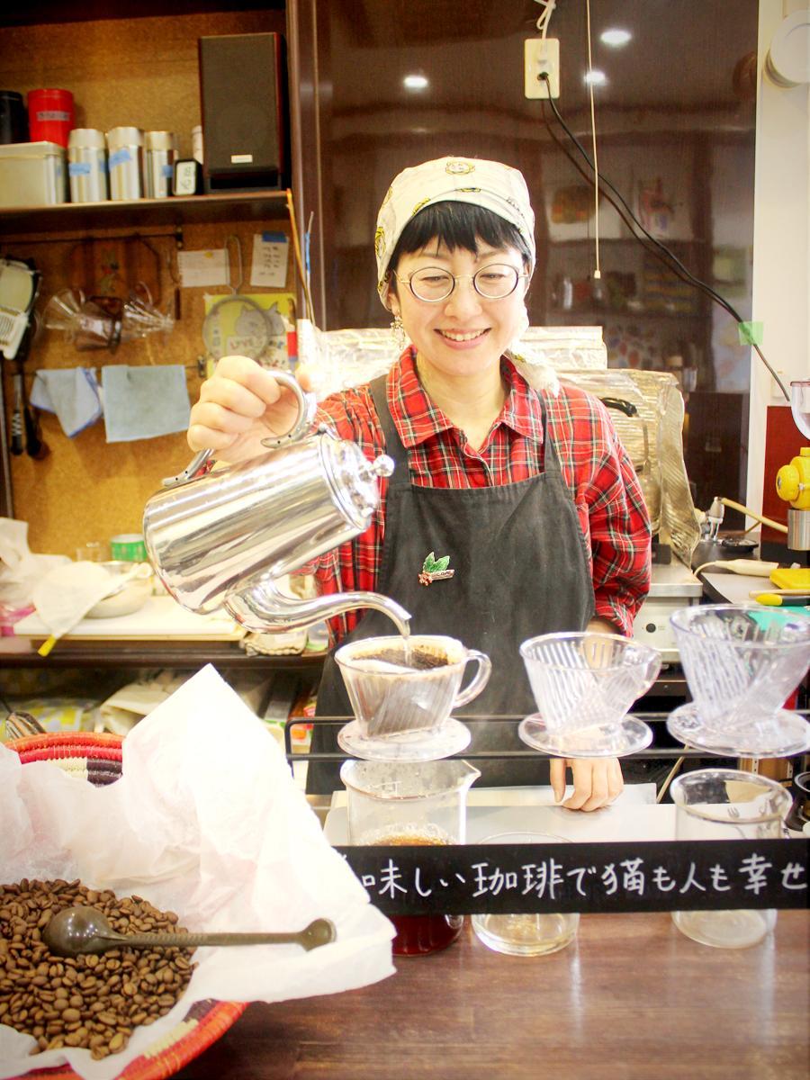 調布・深大寺にコーヒー新店 「おいしいコーヒーで猫も人も幸せに」