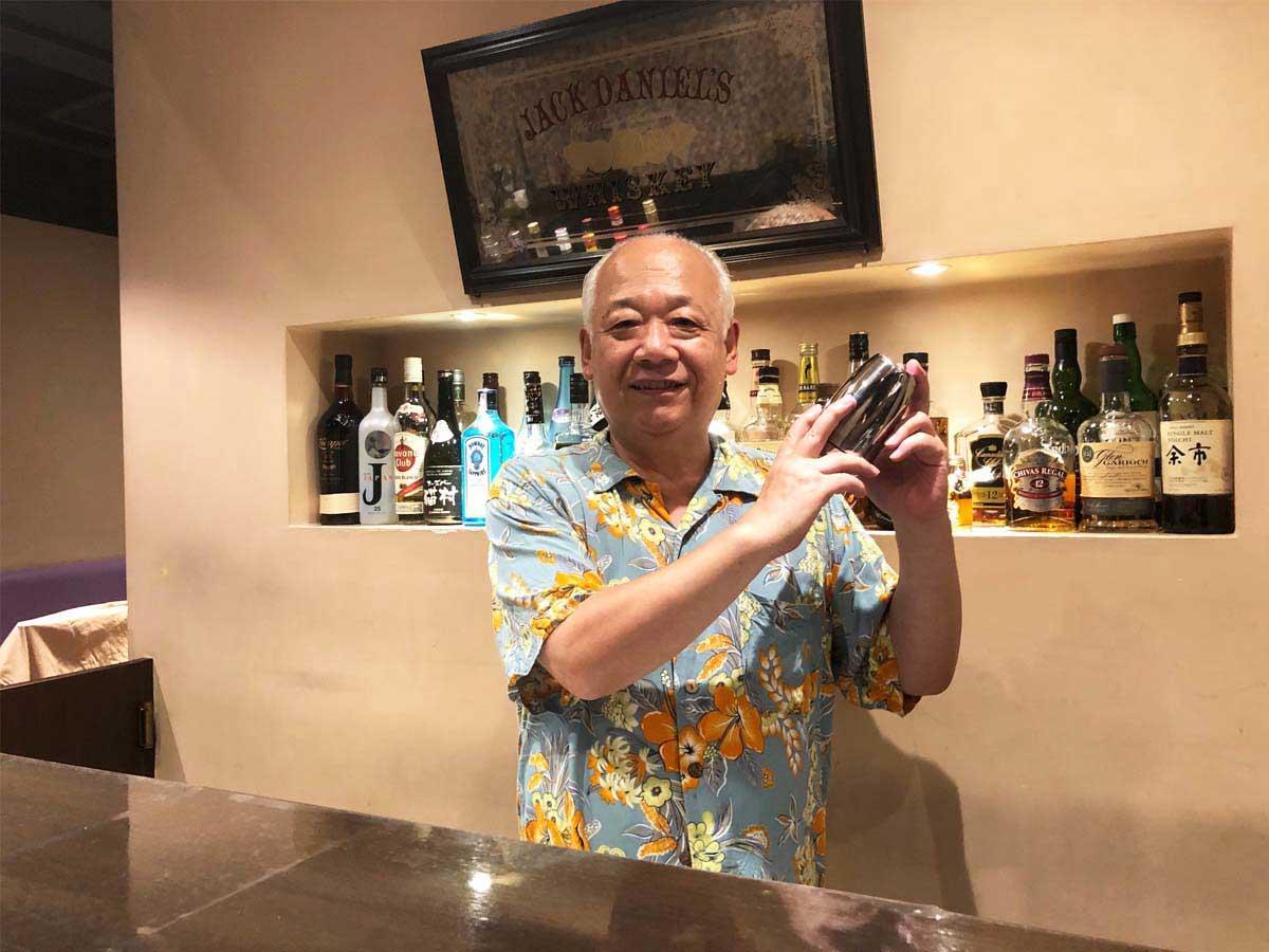 調布・シャワー付きフーズバーが20周年 昭和歌謡ライブで「コロナに負けるな」