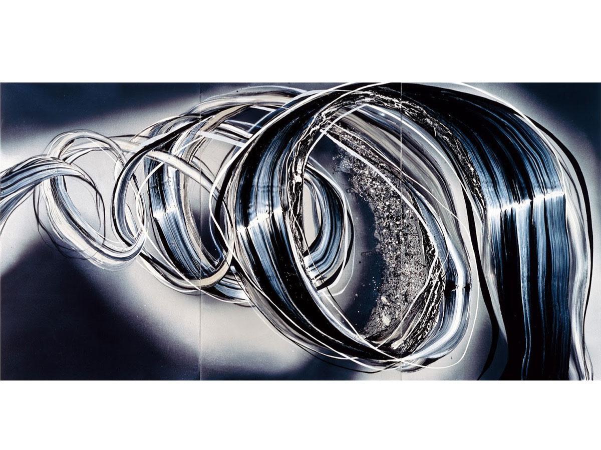 丸田恭子さんの油彩画「マイナスの質量」。渦巻く螺旋の線は、巨大なゼンマイ鋼のような圧倒的な力強さを感じさせる
