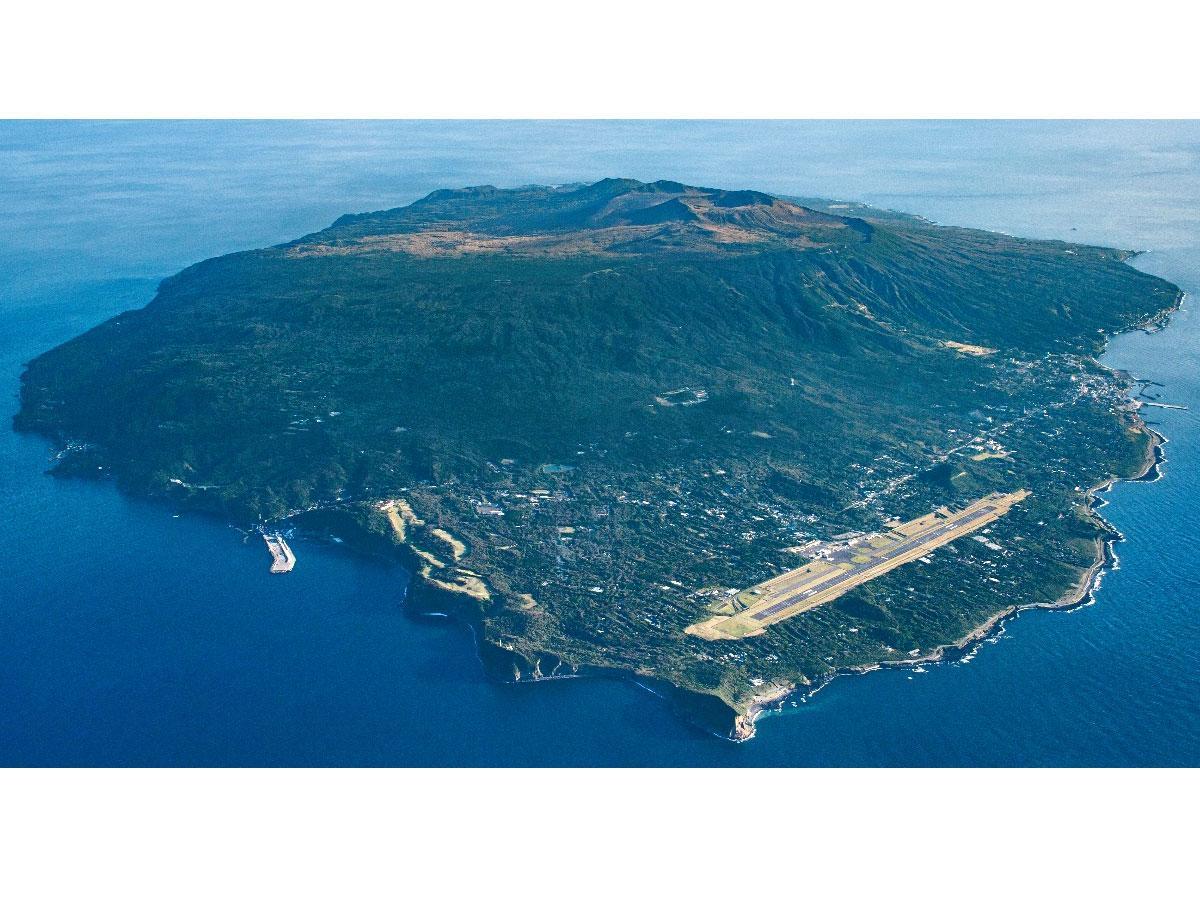 伊豆大島と大島空港