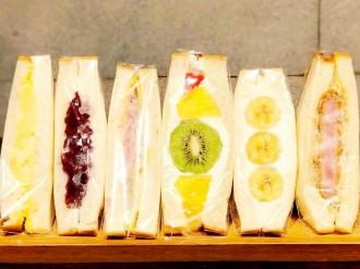 狛江に高級食パン店「マカナ」 サンドイッチは1時間で100個完売も