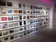 ドバイでフォト・ウイーク 日本の写真コレクションやメーカー最新機器も
