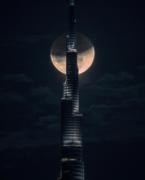 ドバイでもスーパーブルーブラッドムーン皆既月食 イケメン王子の写真も話題に