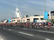自転車レース「ドバイ・ツアー」 7つ星ホテル経由コースなども
