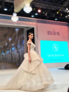 ウェディングの展示会「BRIDE Dubai」 100万ドルのケーキも登場