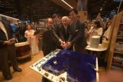 ドバイ・モールの紀伊国屋書店が10周年 記念イベントには日本の出版社も