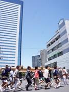 豊洲で「神輿練習会」 8月の富岡八幡祭りを前に