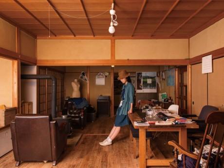同ブランドスタートの場、鈴木さんの自宅リビング