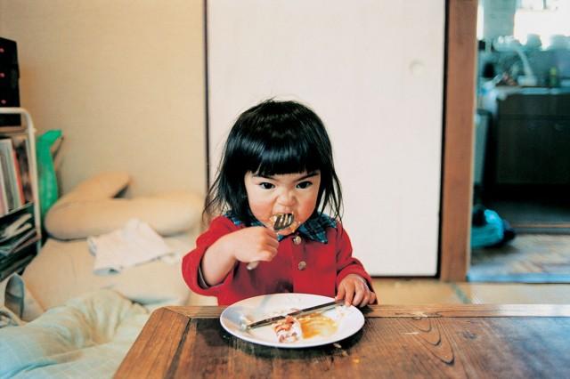 写真集「未来ちゃん」より © Kotori Kawashima