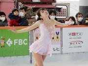 福井駅西口「ハピリンク」でスケートショー 「名門」関西大チーム、観客魅了