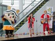 福井駅西で市宣伝隊長「朝倉ゆめまる」記念イベント 応援歌で誕生日祝う