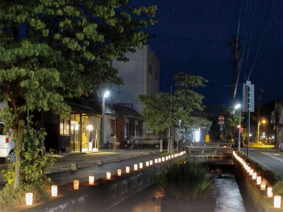会場付近の夜景
