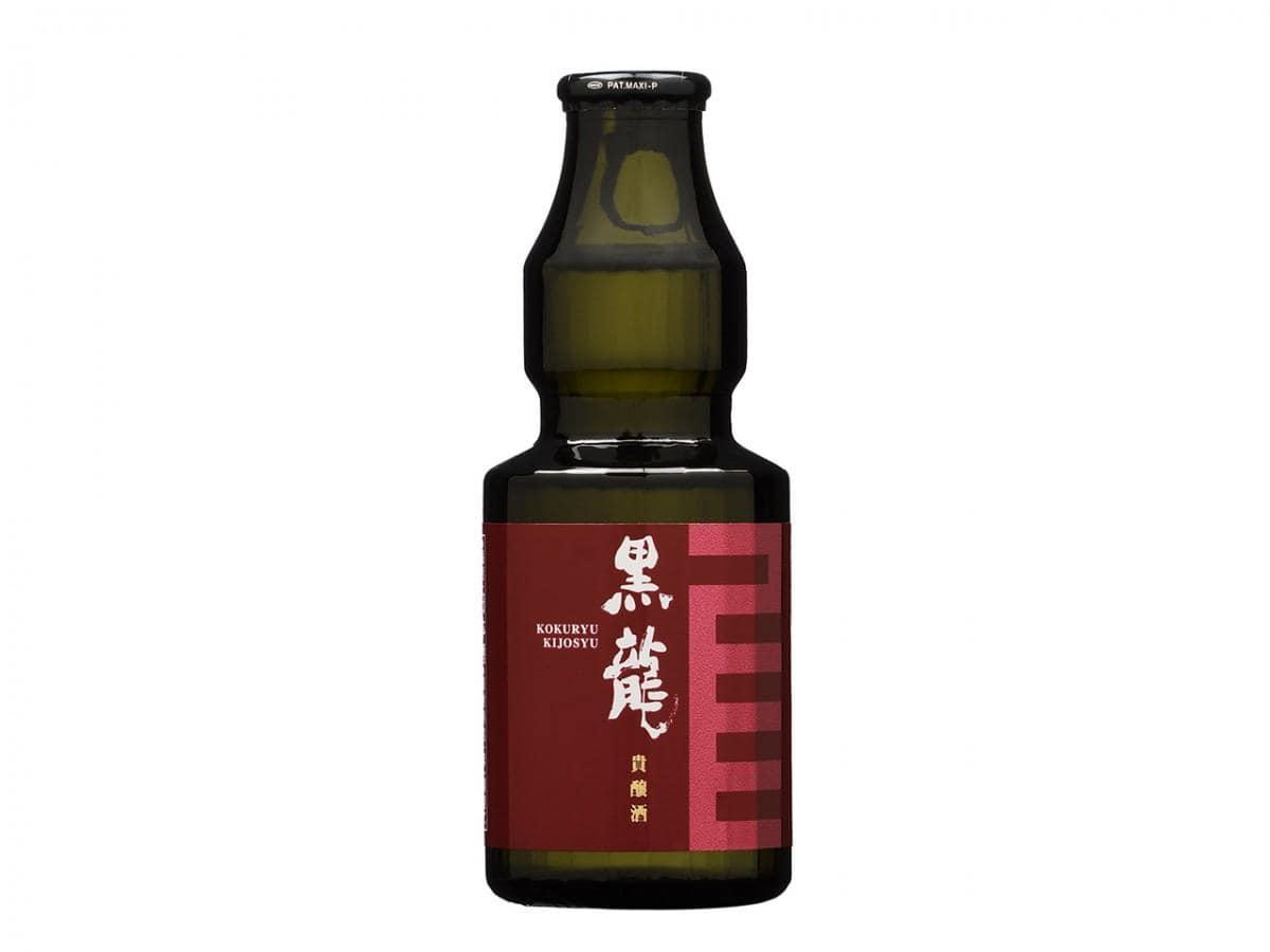 同商品のボトル。大吟醸酒「黒龍 吟のとびら」と対になるデザインで、共に「出会いの酒」として拡販を進めるという