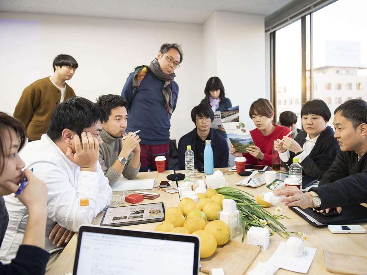 チームミーティングは月1回ペースで、福井市内で行われた