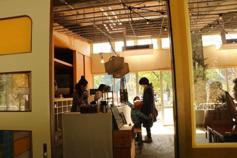メンバーらのセルフリノベーションによる「ORION BAKE」は昨年秋の「マーケット」で限定オープン。寄付金を活用して通年営業を目指す