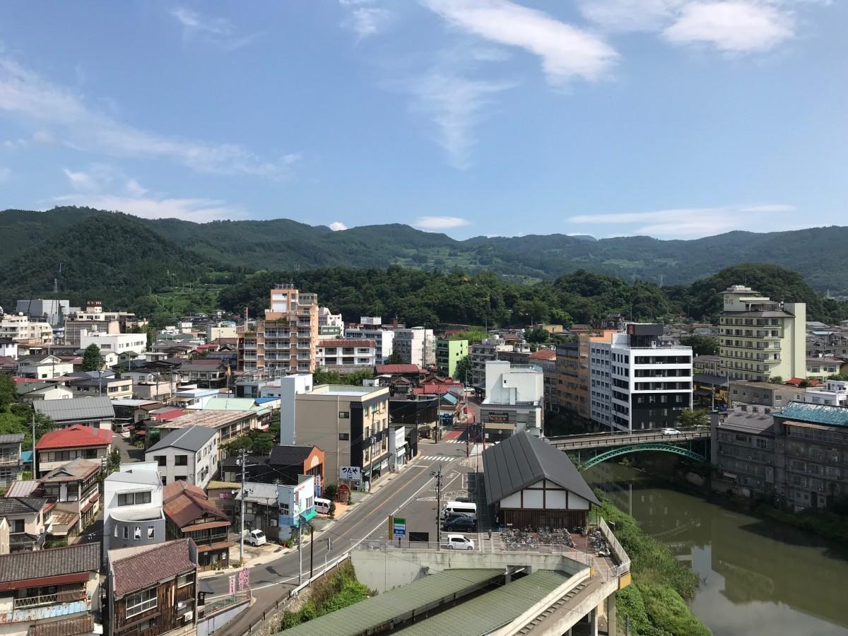 福島市飯坂町の風景