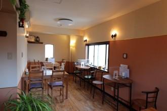 福島の洋食堂「月の魔法」が移転 西洋の田舎をイメージ、柔軟な創作料理提供