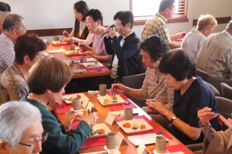 健康と食に関する興味の高い市民が参加した(関連画像)