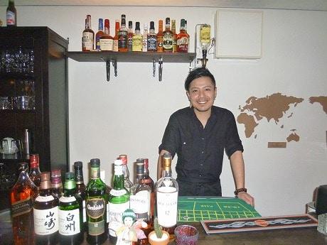 ロックバンド活動を休止し店をオープンしたオーナー森雄一郎さん