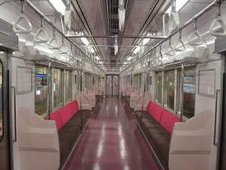 新京成電鉄主力車両8800形の内装刷新 ジェントルピンクを基調に