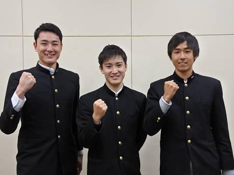 右から福元選手、杉山選手、長谷川選手