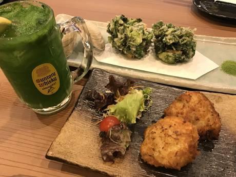 小松菜ハイボール、ホンビノスと三つ葉のかき揚げ、ホンビノス貝のカツレツ