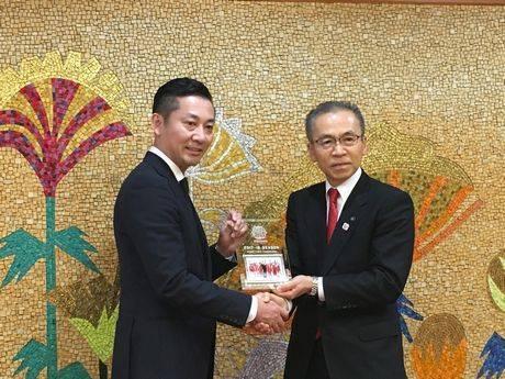 島田慎二社長と松戸市長