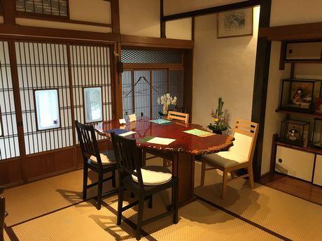 店主・山崎さんの生家をカフェに