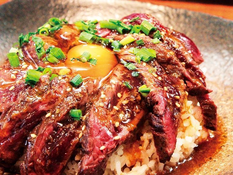 ゴリラ精肉店の「ハラミのレア焼肉丼」