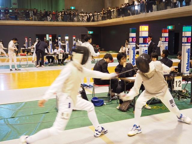 大山崎でフェンシング大会で熱戦が繰り広げられた