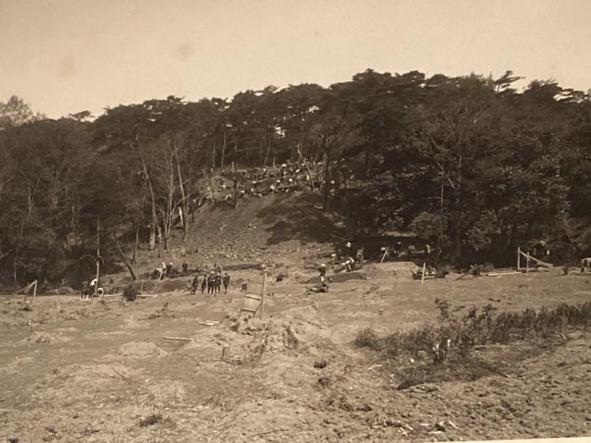 造営中の伏見桃山陵の古写真