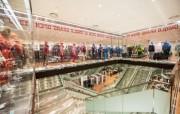 ソウル「ユニクロ ロッテワールドモール店」 全世界1900店舗の頂点に