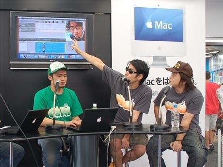 左からUMUさん、小宮山雄飛さん、大橋慶三さん。