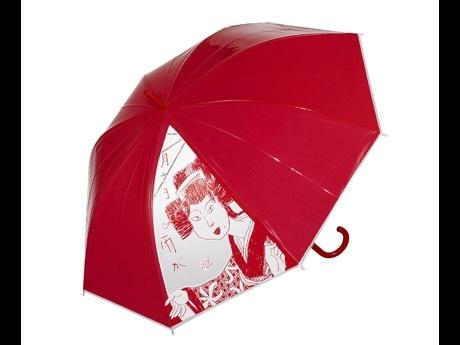 クリエイションギャラリーG8で展示・販売を行なう下谷二助さんが手がけた「ビニール傘」。インパクトのあるデザインと鮮やかな赤が印象的