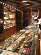 高級チョコ「ピエールマルコリーニ」銀座店が改装-ワッフルなどの新商品も