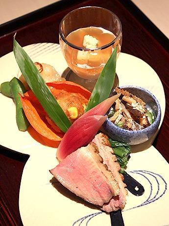 銀座1丁目にオープンした日本料理店「喰い切りひら山」の八寸