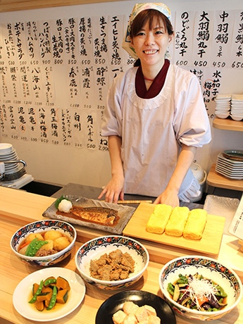 「つばき食堂」の峯崎淳子さん
