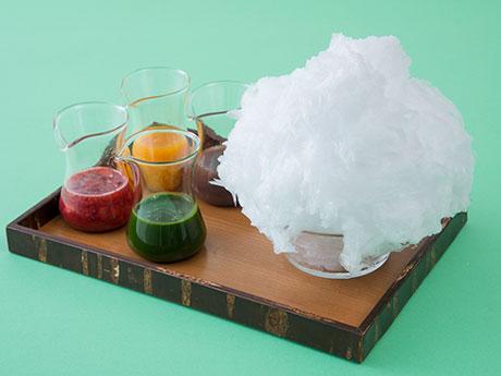 「日光 四代目徳次郎」の「天然氷のかき氷」と4種の手作りシロップ