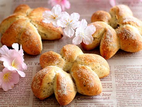 「桜のフランスパン」