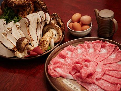 「松茸と近江牛のすき焼き」